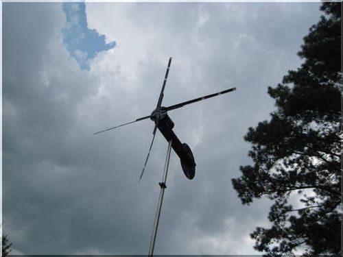 Ветрогенератор из шуруповерта