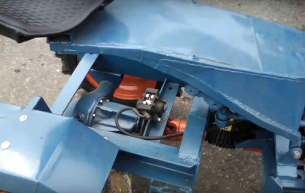 samodelnyj-traktor-perelomka4-2128026-7097436