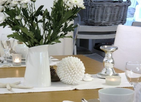how-to-use-runners-in-traditional-dining-rooms-6-5770722-4930185