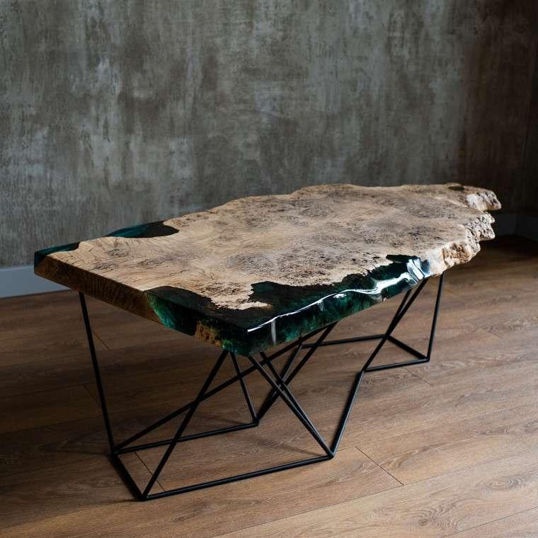 Мебель из натурального дерева с