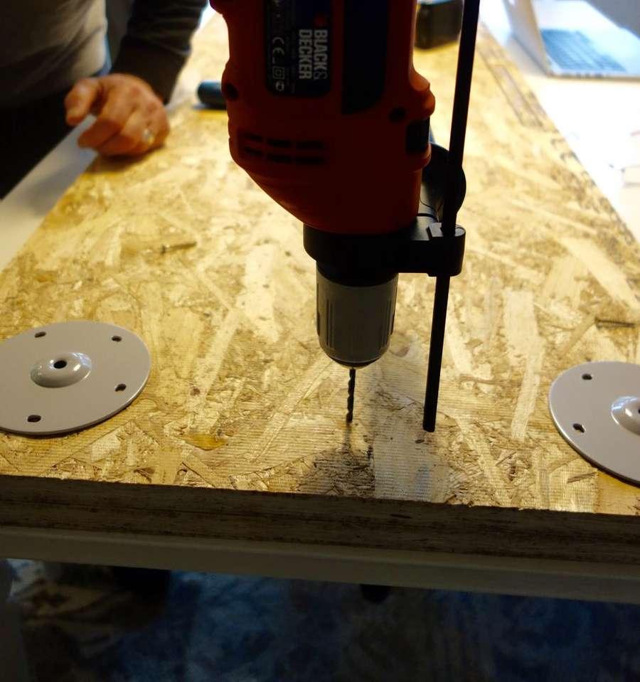 Самодельный стол из OSB плиты